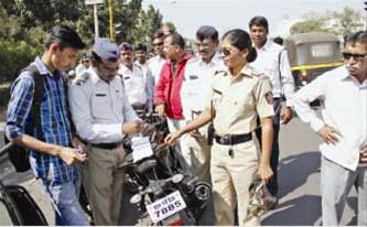 full_traffic cops